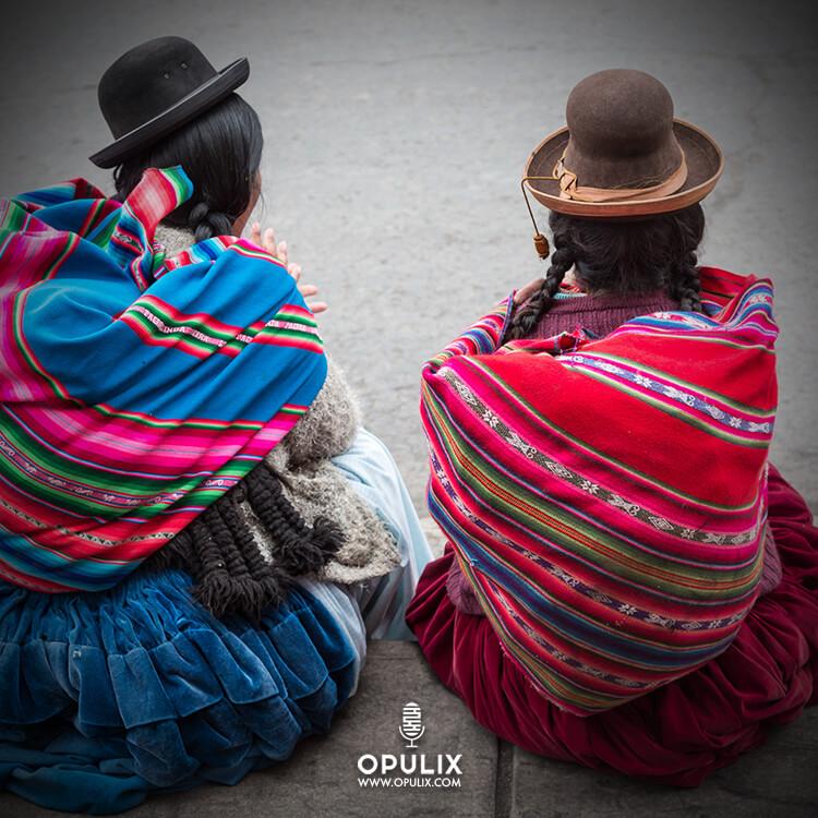 Mujeres típicas bolivianas